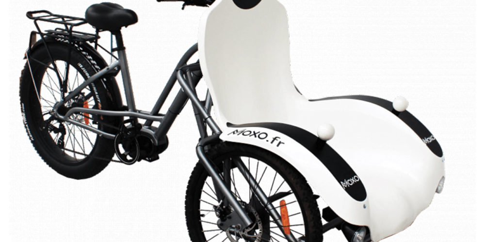 Electric scooter for disabled or elderly people. Velos 17 Loisirs  on the island of Oléron